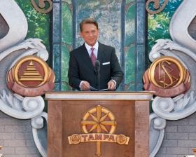 El Sr.David Miscavige, Presidente de la Junta de Religious Technology Center y líder eclesiástico de la religión de Scientology, inauguró la nueva Iglesia de Scientology de Tampa en honor al Centenario de L. Ronald Hubbard, Fundador.