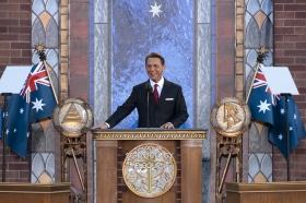 El Sr.David Miscavige, Presidente de la Junta de Religious Technology Center y líder eclesiástico de la religión de Scientology, inauguró la nueva Iglesia de Scientology de Melbourne.